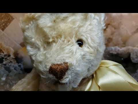 How To Replace Antique Or Vintage Teddy Bear Glass Eyes - Restoring A Vintage 1950s Steiff Bear