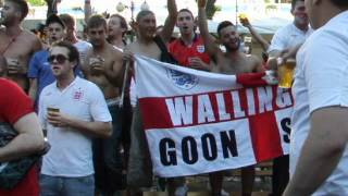 Video English fans are singing Wonderwall MP3, 3GP, MP4, WEBM, AVI, FLV Agustus 2018