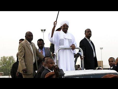 Στο Σουδάν επέστρεψε ο Ομάρ Αλ Μπασίρ