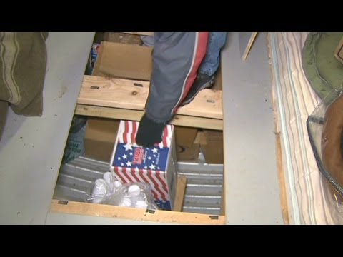 bunker - CNN's Gary Tuchman takes a tour of a remote bunker a Utah man has prepared for the end of the world.