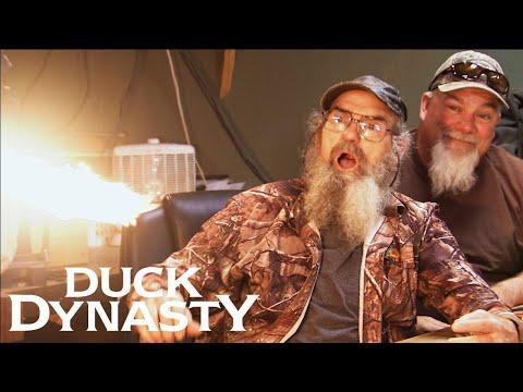 Duck Dynasty: Top 5 FUNNIEST Moments | Duck Dynasty