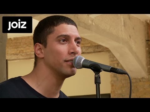 , title : 'Andreas Bourani - Auf anderen Wegen (Live at joiz)'