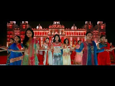 """شاهد- أغنية """"تك دِنة"""" من فيلم """"جحيم في الهند"""""""