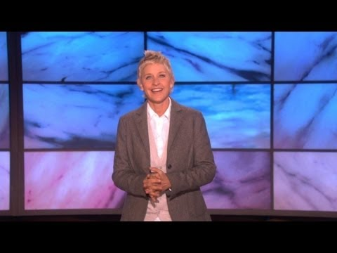 purses - In this classic monologue, Ellen discussed the growing trend of oversized purses. Find out what Ellen thought about big purses, here!