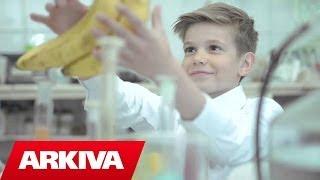 Albion Rexhaj - Vitamina (Official Video HD)