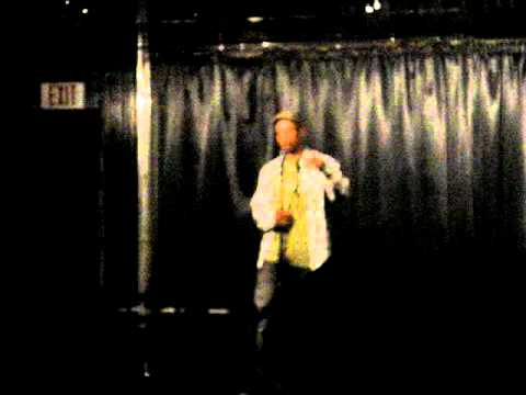 Comedian Jay Phillips clownin to a SOL STARZ beat!!