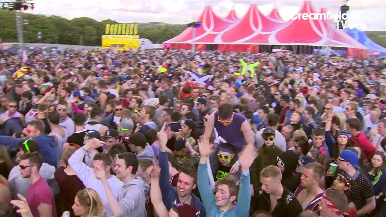 Showtek - Live @ Creamfields 2014