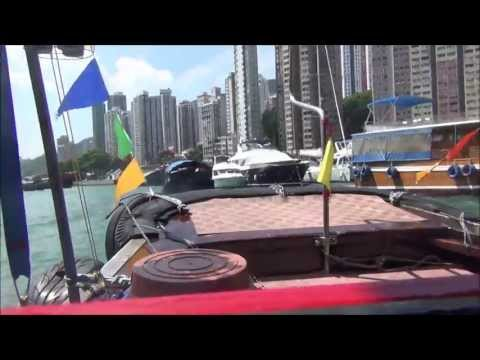 VIDEO: Sampan Boat Tour around Aberdeen Hong Kong