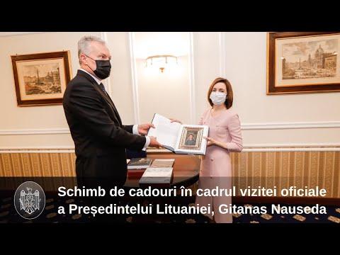 Președinții Maia Sandu și Gitanas Nauseda au făcut schimb de cadouri