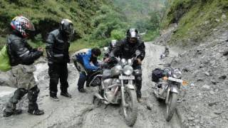 Travelling Nepal with bike.