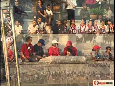 Desfile por el Primero de Mayo en la Plaza de la Revolución de La Habana