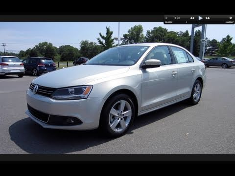 Volkswagen Jetta - In this video I give a full in depth tour of the all new 2011 Volkswagen Jetta SEL TDI. I take viewers on a close look through the interior and exterior of t...