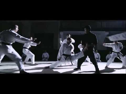 Tony Jaa Fight Scene Ong Bak 1 - Thời lượng: 4 phút, 41 giây.