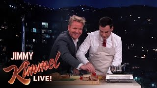 Gordon Ramsay Makes Scrambled Eggs