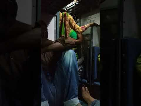 Hijra Quarrel In Train At Farakka
