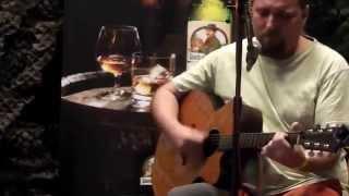 Video Hráč de El Pado - Na druhém břehu řeky - oblastní Porta Vlásenic