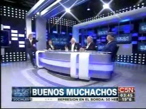 BUENOS MUCHACHOS-El coco Basile_ Bambino Veyra 28_033929