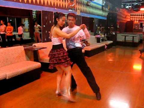Vũ Điệu Tango - Vũ Sư Trường Hân 0908450720 + chinluamientay