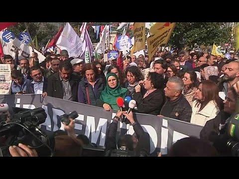 Τουρκία: Κλιμακώνεται το πολιτικό χάος
