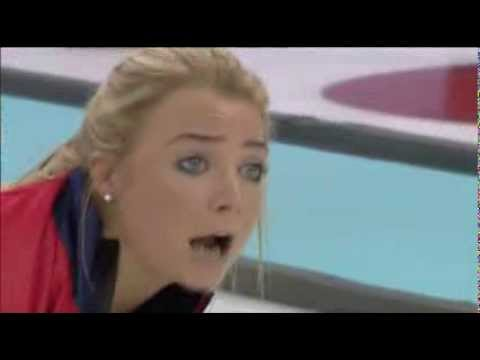 The Sounds of Women s Curling
