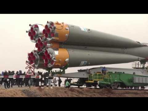 Expedition 27 Crew Prepares for Launch as their Soyuz Rocket Move to Launch Pad_A valaha feltöltött legjobb űrhajó videók