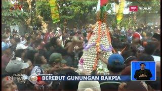 Video LUDES! Beginilah Keseruan Warga Yogyakarta Rebutan Gunungan Bakpia Setinggi 160 Cm - BIS 21/10 MP3, 3GP, MP4, WEBM, AVI, FLV Oktober 2018