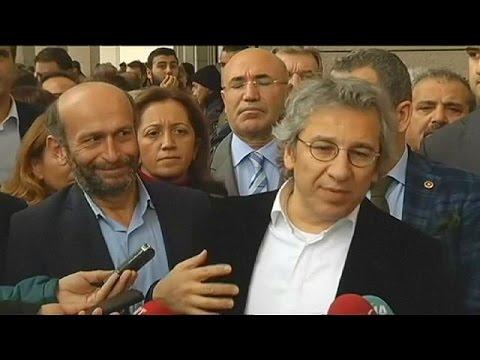 Τουρκία: «Παραβιάστηκαν τα δικαιώματα των φυλακισμένων δημοσιογράφων»