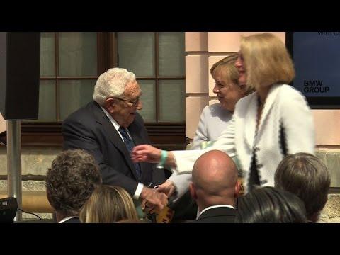 Merkel and Kissinger mark 70th anniversary of Marshall Plan