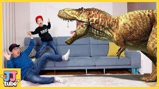 공룡카드를 던지면 쥬라기 공룡이 짠!! 점박이 한반도의 공룡 2 공룡카드 배틀 공룡 장난감 인기동요 놀이 Jurassic dionsaur card battle[JJ  tube]