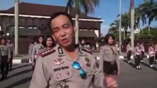 TNI - POLRI Pontianak Joget Turun Naik Bersama Pelajar Kota Pontianak 2017