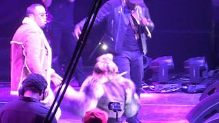 "Puff Daddy, Jadakiss, & Lil' Kim ""It's All About The Benjamins (Remix)"" LIVE 2015"