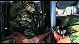 District 9-Final Fight Scene Part 2(HD)