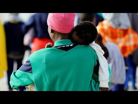 Ιταλία: Εκατοντάδες νέοι μετανάστες στην Σικελία