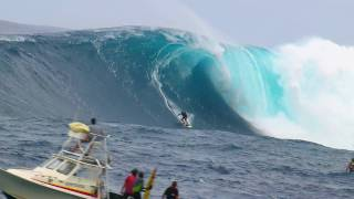 Epic  session at Jaws - Red Bull Young Jaws