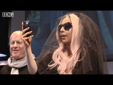 , title : 'CES 2011: Lady Gaga unveils a Polaroid photo sunglasses, printer and camera'