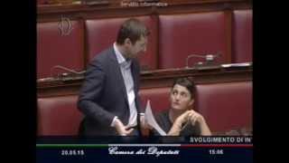 """Colletti su incarichi moglie e amico di Alfano: """"Le vostre procedure sono familismo e clientelismo"""""""