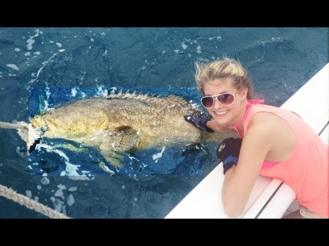 Win! Teenage Girl catches Giant Grouper by Handline