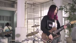 "tricot ""E"" (Official Music Video)"