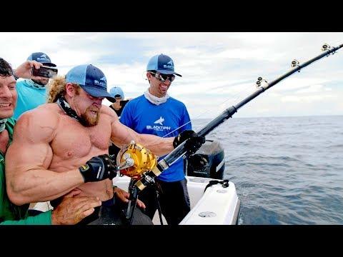 Strongest Men VS Strongest Fish