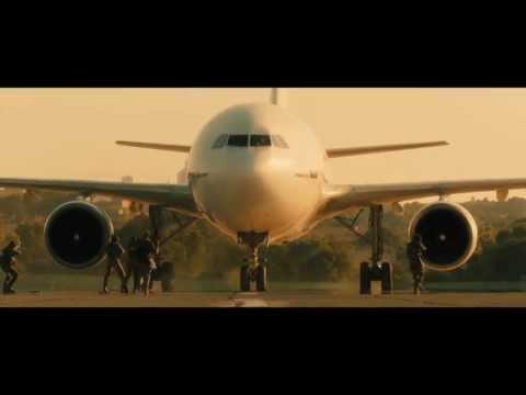 World War Z - 'Escaping Israel' clip
