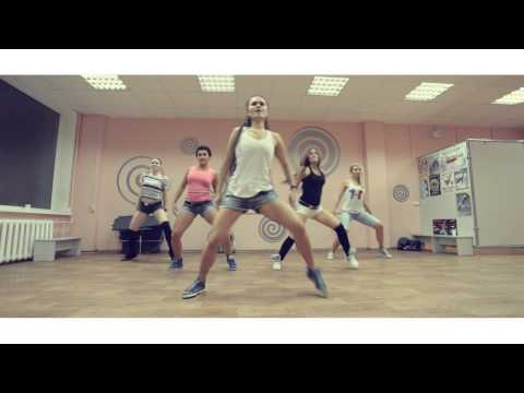 Reggaeton - choreography by Inga I do not own this music. i used this song just for inspiration only.