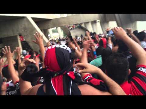 América vs ATLAS Apertura 2015 Barra 51 saliendo del estadio Azteca - Barra 51 - Atlas