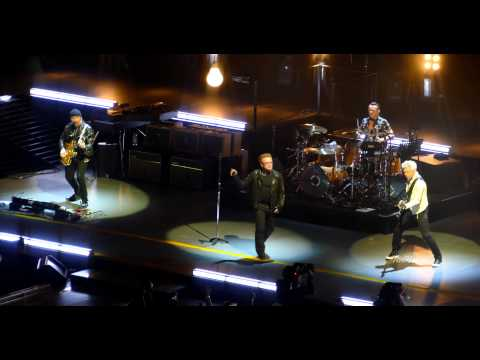 "U2 / 4K / ""The Miracle (Of Joey Ramone)"" (Live) / United Center, Chicago / June 28th, 2015"