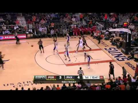 Camby to Aldridge Alley-Oop Dunk against Suns
