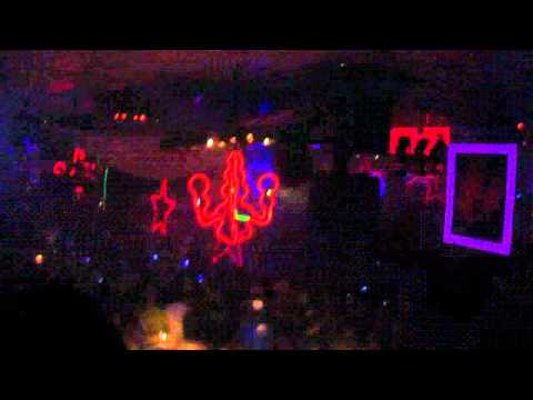 Pacha Ibiza - Closing Party - F*** ME I'M FAMOUS - 29/09/2011