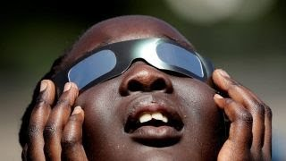 How to observe the solar eclipse