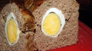 Smaczna pieczeń rzymska z jajkiem