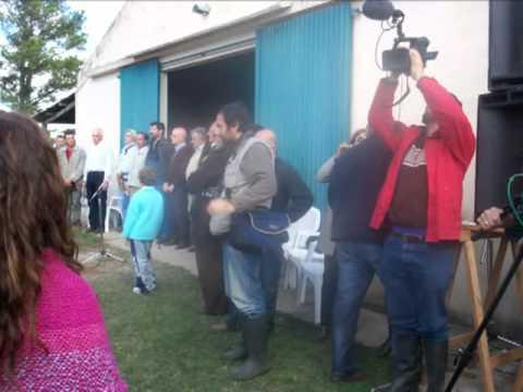 Presidente de Uruguay entrega colonia a grupos de productores en Cerro Largo.