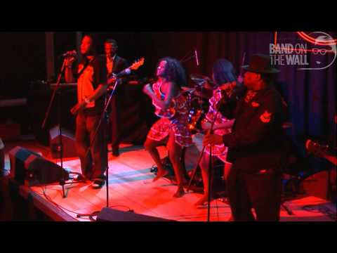 Video Kanda Bongo Man, live at Band on the Wall download in MP3, 3GP, MP4, WEBM, AVI, FLV January 2017