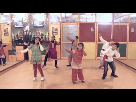 Patiala Peg | Diljit Dosanjh Bhangra Dance Steps  by Step2Step Dance Studio